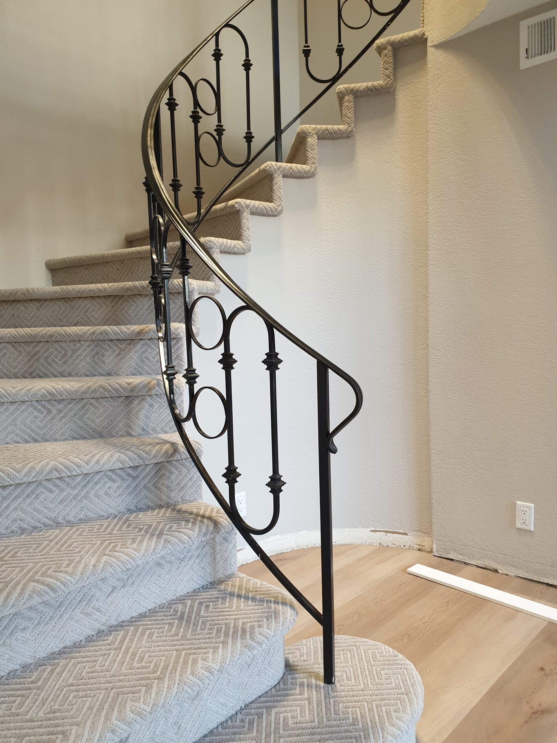 Carpet Flooring on Spiral Stairs in Mountain View