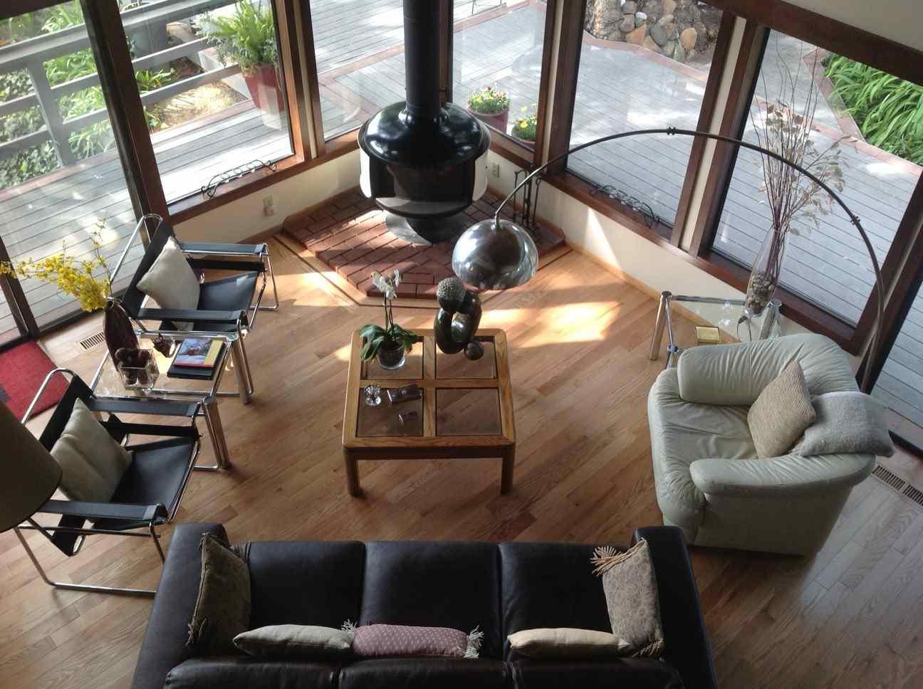 Oak Hardwood Floors Installed in Living Room