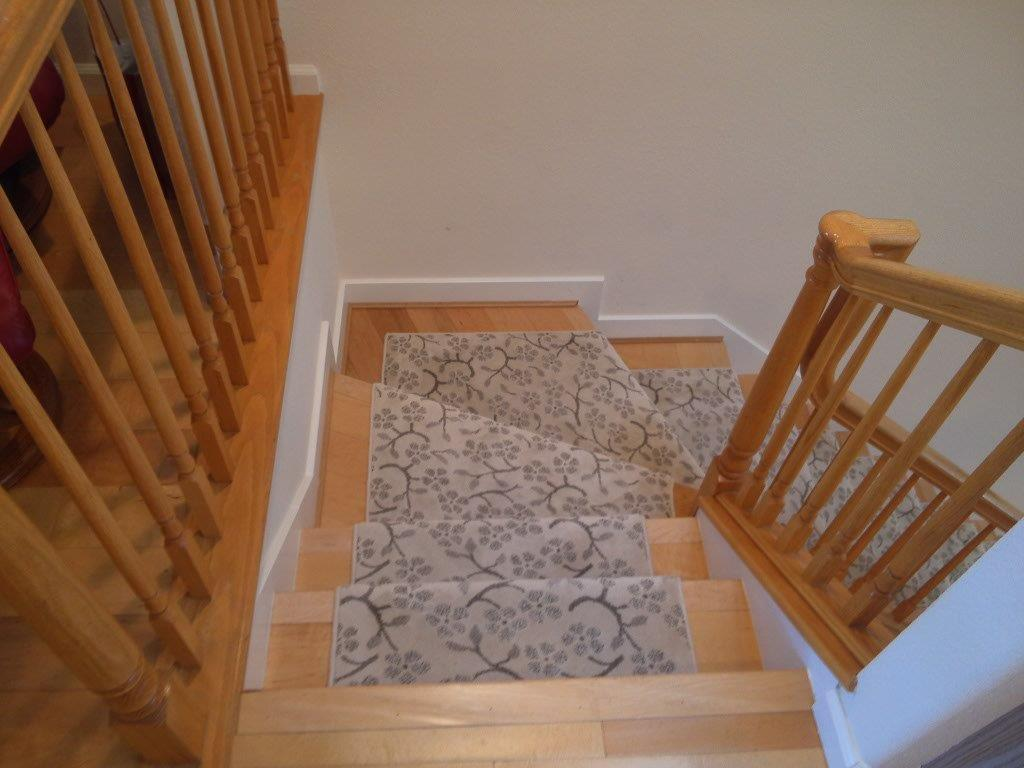 Staircase carpet runners